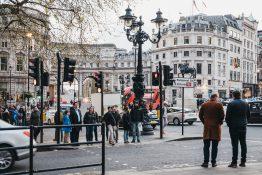 Charing Cross Roads London shopping handling