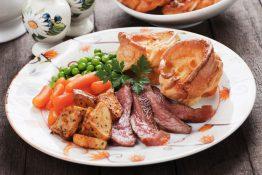 Roast beef Yorkshire pudding England London mat tradisjonsmat